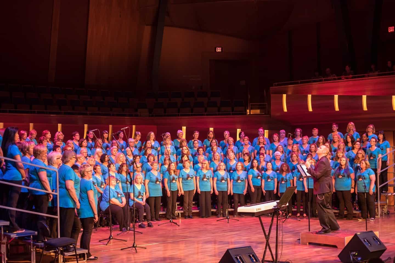 Cool Choir Rocks the Bella 2016 01