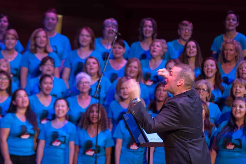 Cool Choir Rocks the Bella 2016 11